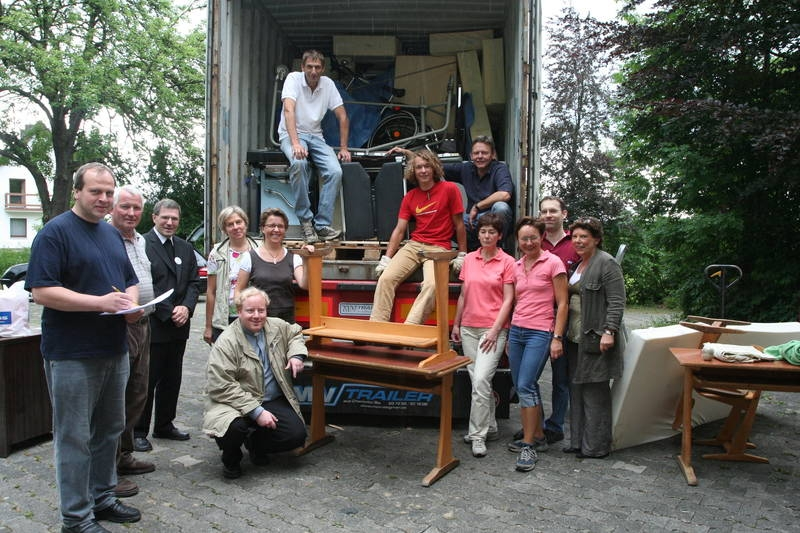 2007_05-06_container_wird_gepackt_42